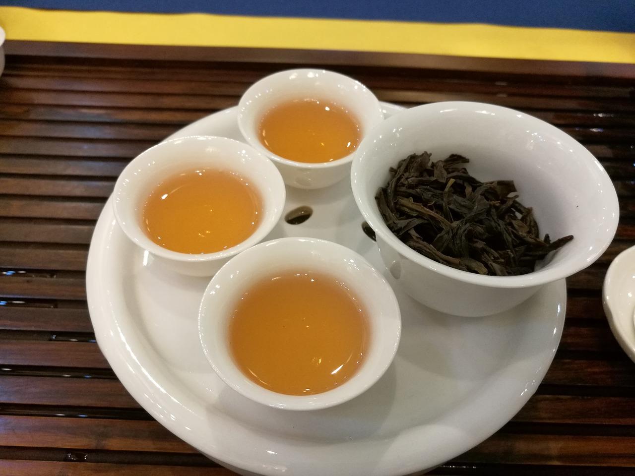 ウーロン茶 黒ウーロン茶